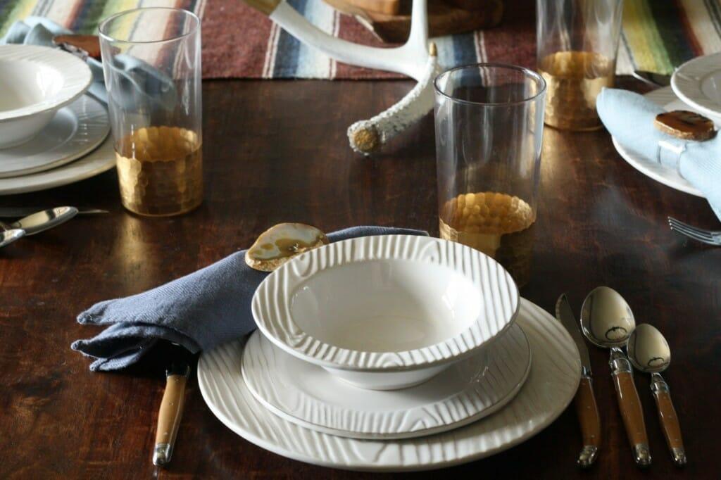 relish decor table setting