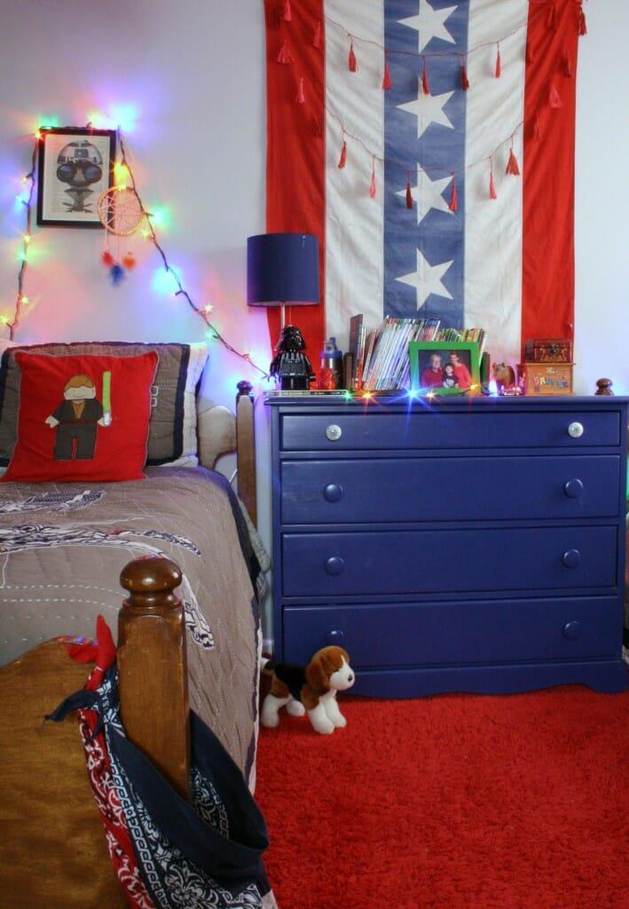 Sawyer's room at christmas