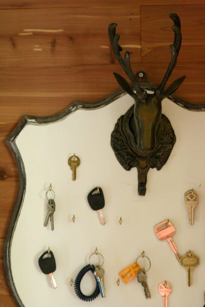 deer mount key rack