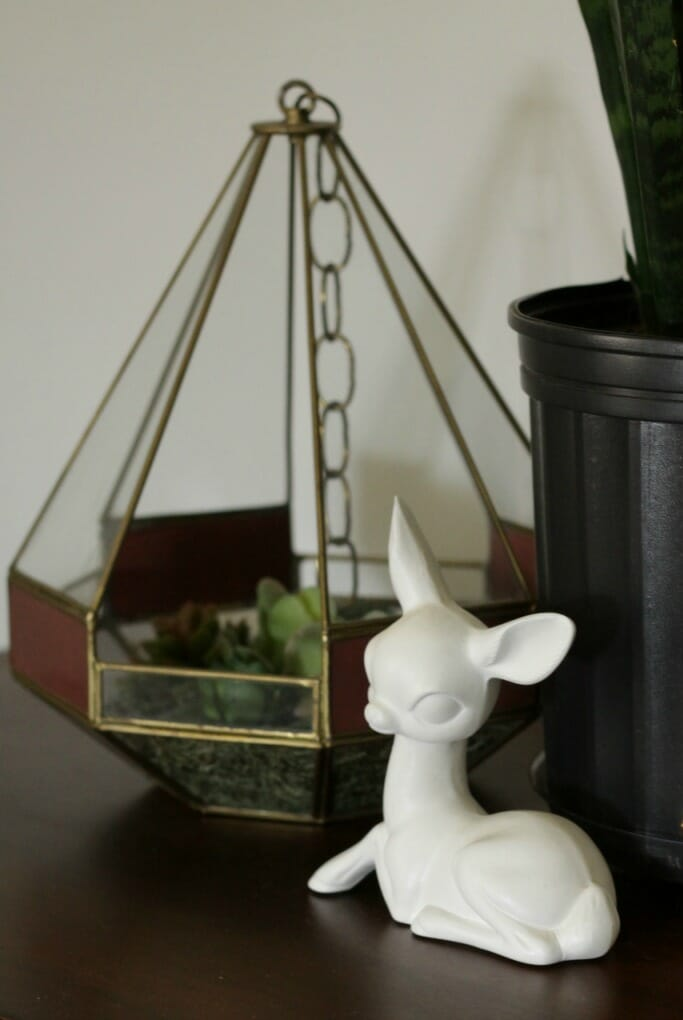 Vintage White deer