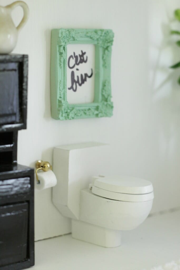 Dollhouse bath art in mint frame and toilet paper holder