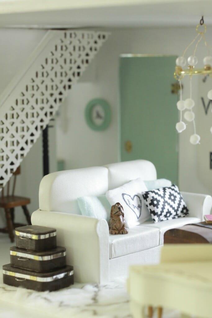 DIY dollhouse Pillows on sofa