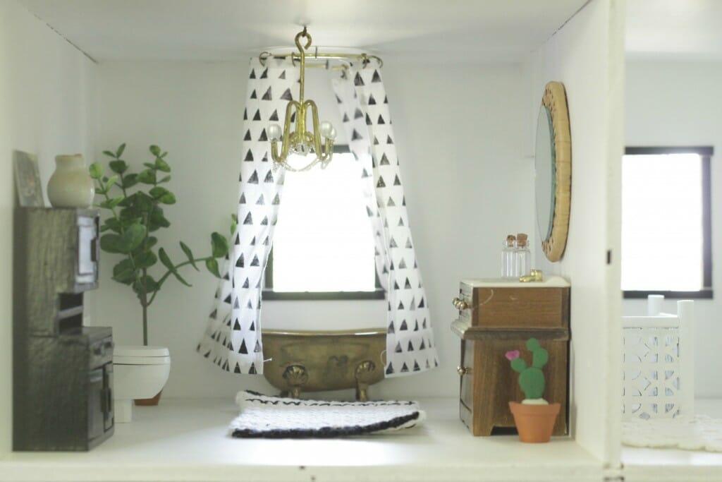 Dollhouse bathroom DIY in scandinavian look