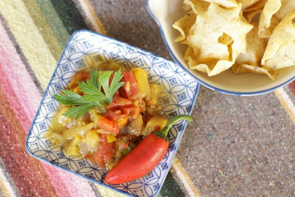 Delicious-Seasonal-Peach-Salsa-Canning-Recipe